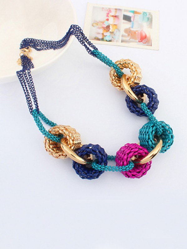 Occident Trendy Retro Metallic Collision color Vente chaude Colliers