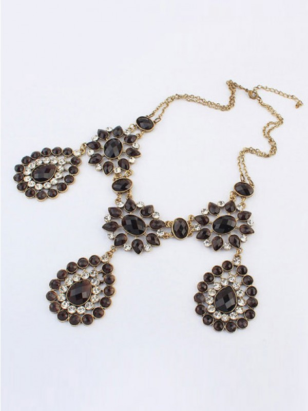 Occident Bohemia Retro Water Drop Vente chaude Colliers